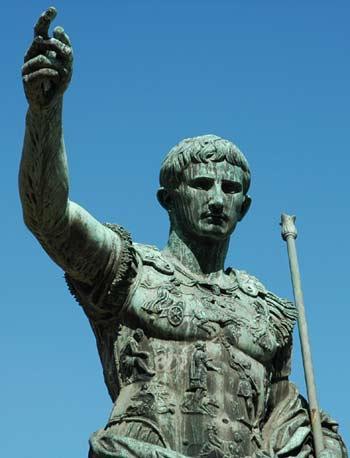 Gloria al Imperio Romano Julio_cesar